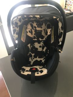 Britax B Safe 35 Elite infant car seat and base