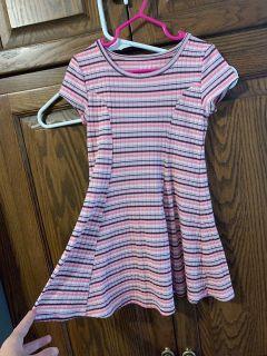 Jumping bean dress. Size: 4T