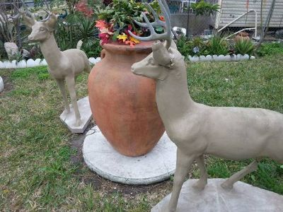--- Large Oversized Clay Pottery Vas -----
