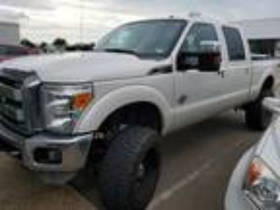 2013 Ford F-250SD Lariat Navigation, Sunroof & Power Boards