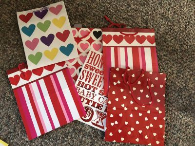 6 Valentine s Day bags
