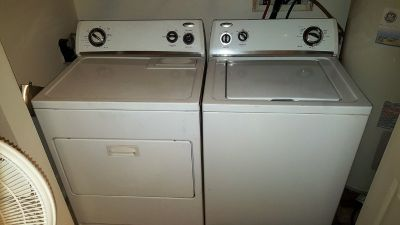 Whirlpool washer + dryer set / great condition
