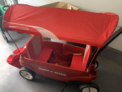 Radio Flyer kids wagon in NEW condition