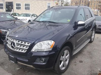 2010 Mercedes-Benz ML350 Luxury 4dr SUV 4WD (Blue)
