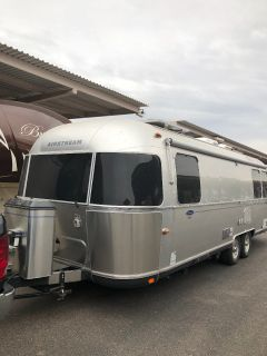 2014 Airstream Classic Limited 27FB
