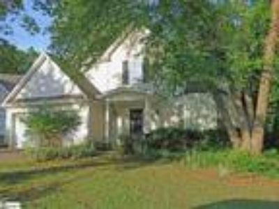 WATERTON Lovely Four BR, 2.5 BA tradtional loca...