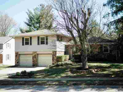 2425 S Shadow Grove Court Bloomington Five BR, Check out this