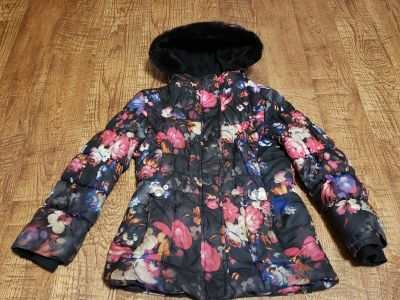 Girls size 10/12 winter coat jacket $10 Appleton cp