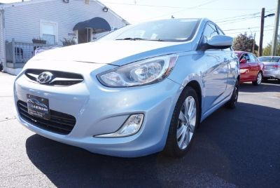 2012 Hyundai Accent GLS (Blue)