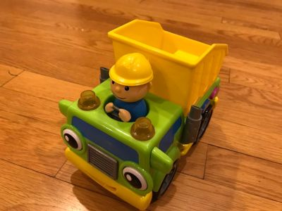Dump truck with sounds
