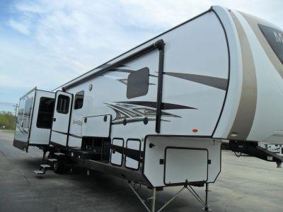 2019 Mesa Ridge 371MBH