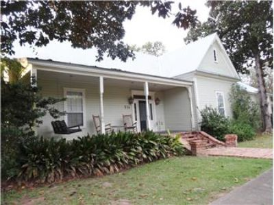 $154,000, 3095 Sq. ft., 316 South Holly Street - Ph. 318-528-8806