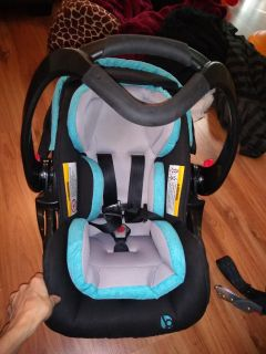 Baby trend carseat carrier