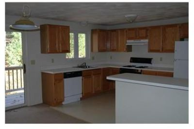 Bright Shirley, 2 bedroom, 1.50 bath for rent