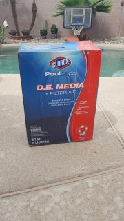 pool and spa filter Aid mostly full