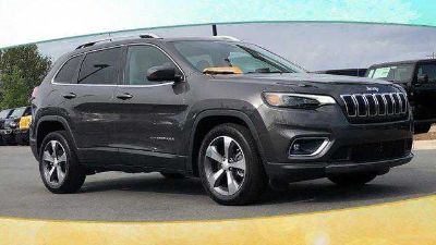 Used 2019 Jeep Cherokee FWD