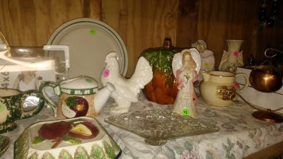 Left over yard sale items reduced $1. Each