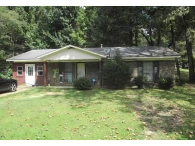 3 Bed 1 Bath Foreclosure Property in Baldwyn, MS 38824 - Oakdale Dr