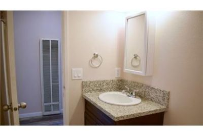 - 2 Bedroom/1 Bathroom - Renovated - Wood Floor. Pet OK!