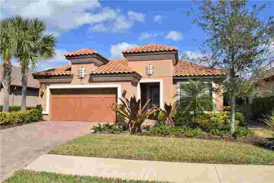 2372 Vaccaro Drive SARASOTA Three BR, When only the best will do