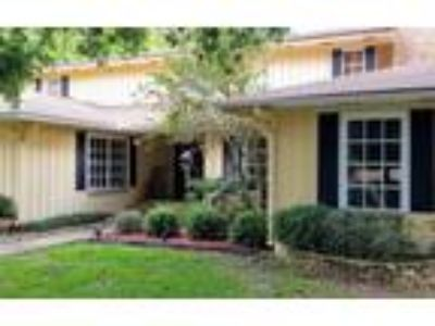 Homes for Sale by owner in Largo, FL