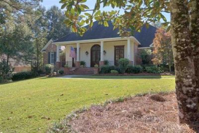 4 Bedroom home In Woodlands Subdivision