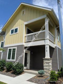 Single-family home Rental - 315 Green Leaf St