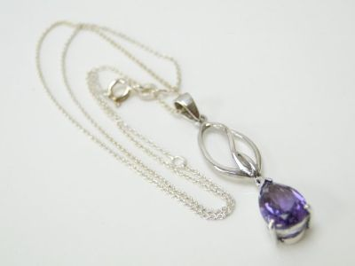 925 Silver & Amethyst Pendant Necklace