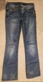 Silver jeans size 27 waist. Approx size 3