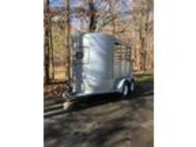 2004 Bee 2h bumper pull trailer