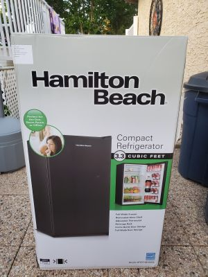 Hamilton Beach Compact Fridge