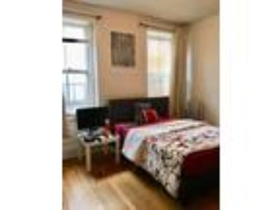 This great Four BR, Two BA sunny apartment is located in the Washington Square