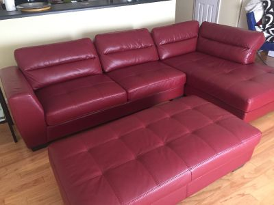 Sectional sofa with ottoman & glass side and coffee tables
