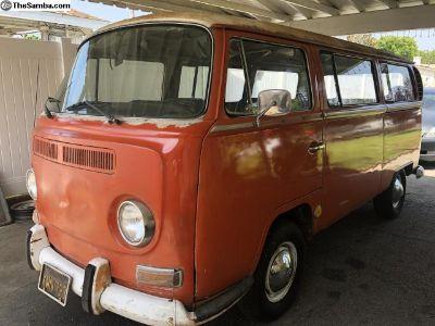 1969 Volkswagen Bus Deluxe