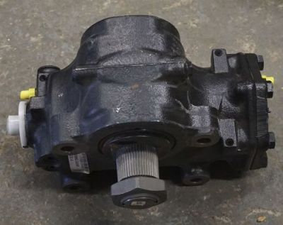 Sell ZF 8098 955 114 HEAVY TRUCK STEERING GEAR BOX motorcycle in Stratford, Connecticut, United States, for US $499.99