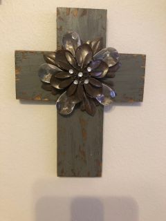 Medium grey distressed cross
