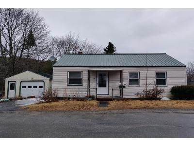 3 Bed 1 Bath Preforeclosure Property in Bath, ME 04530 - Adams Ct