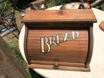 Bread box wood