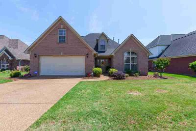 66 King David Drive JACKSON Four BR, A great two story home in