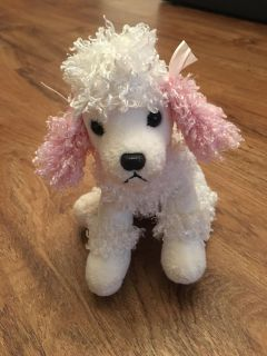 Little poodle stuffed animal. In great condition. No rips or stains. Asking $2