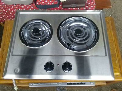 PORTABLE GE STOVE NEW