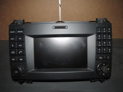Buy MERCEDES SPRINTER AM/FM RADIO-OEM motorcycle in Wapakoneta, Ohio, United States, for US $199.00