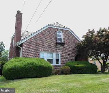 1818 Fulmer St PHILADELPHIA Four BR, Well built - Solid brick