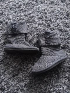 Sz 10 sweater boots