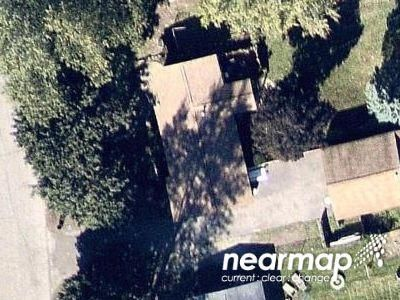 3 Bed 1.0 Bath Preforeclosure Property in Lake Orion, MI 48359 - Gainesborough Dr