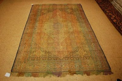 Premium Antique Rugs