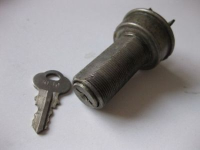 Purchase OMC VINTAGE IGNITION KEY 1,13,18,34,40,50, 54,57, 85 FOR JOHNSON EVINRUDE Motor motorcycle in Walnut Creek, California, United States, for US $5.99