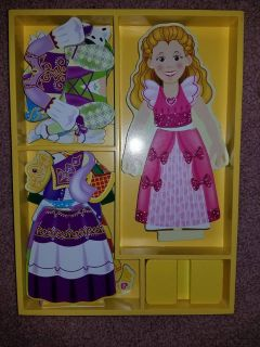 Melissa and Doug 24 PC Magnetic doll set