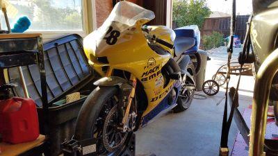 2004 Yamaha YZF R6