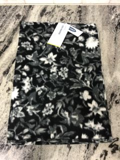NEW with tags Old Navy black & white floral infinity scarf ($8.99 Retail) $3